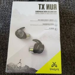 run xt black wireless sport headphones in
